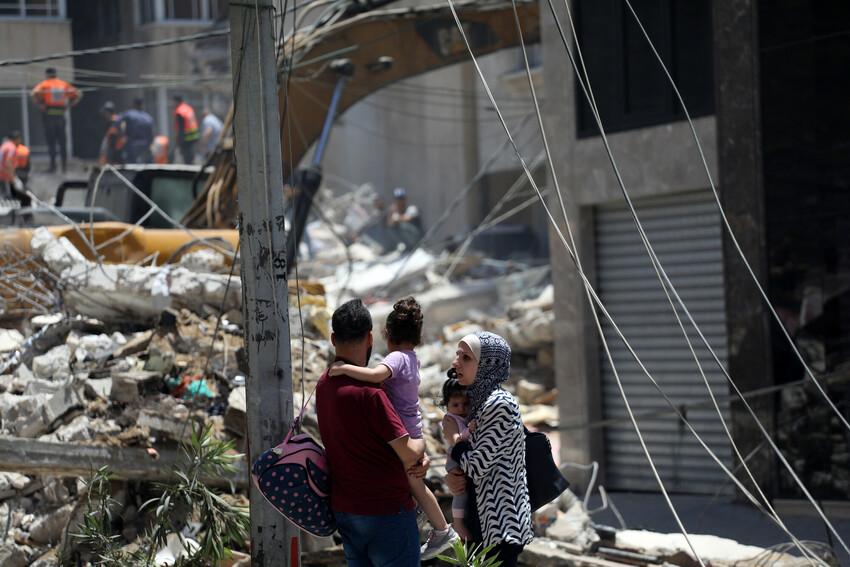 Familia palestina ante el desastre