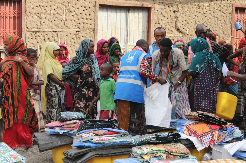 Distribución de artículos no alimentarios a hogares de desplazados internos en el distrito de Yallo- Afar- Etiopía